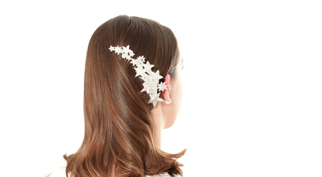 02f4ddf8d29e06d0093d5dea9e732aefbd9fa1db winter wedding hair inspiration 6