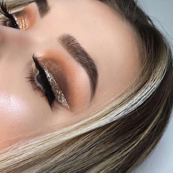 altın eyeliner