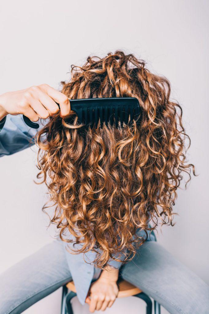 Kıvırcak saç düzeltme 1