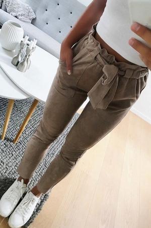Vücut tipine uygun pantolon 24