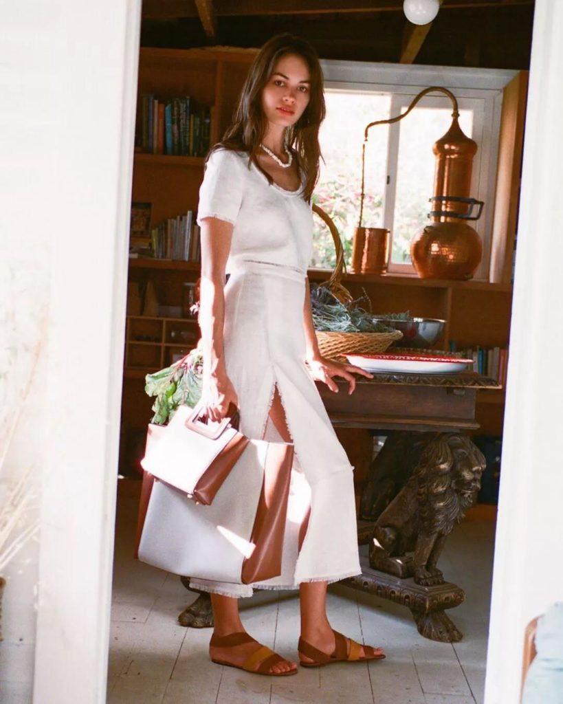 18 Adet Beyaz Elbiseler modelleri 18