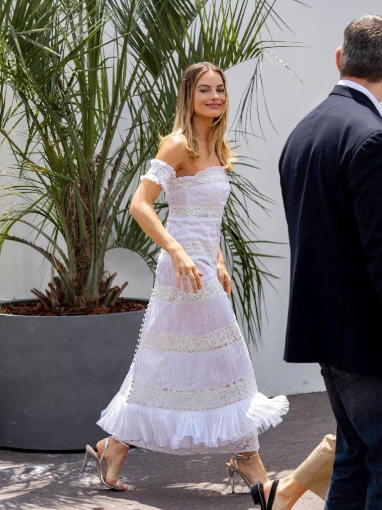 18 Adet Beyaz Elbiseler modelleri 3