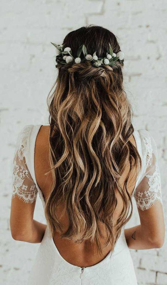 2019 2020 düğün saç modeller 10
