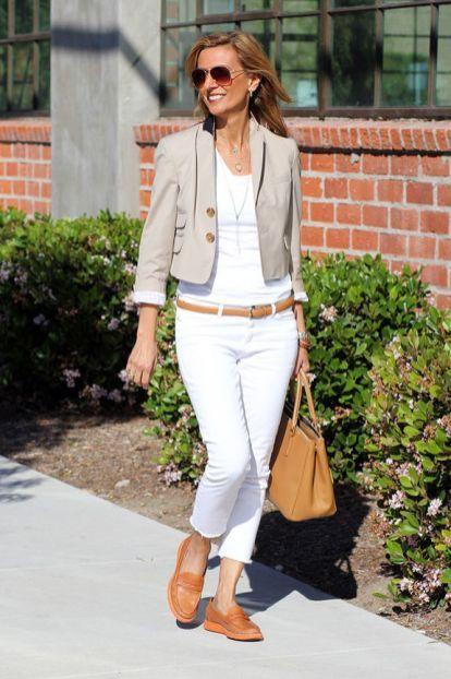 40 yaş üstü kadınlar için 25 şık yazlık kıyafet 12