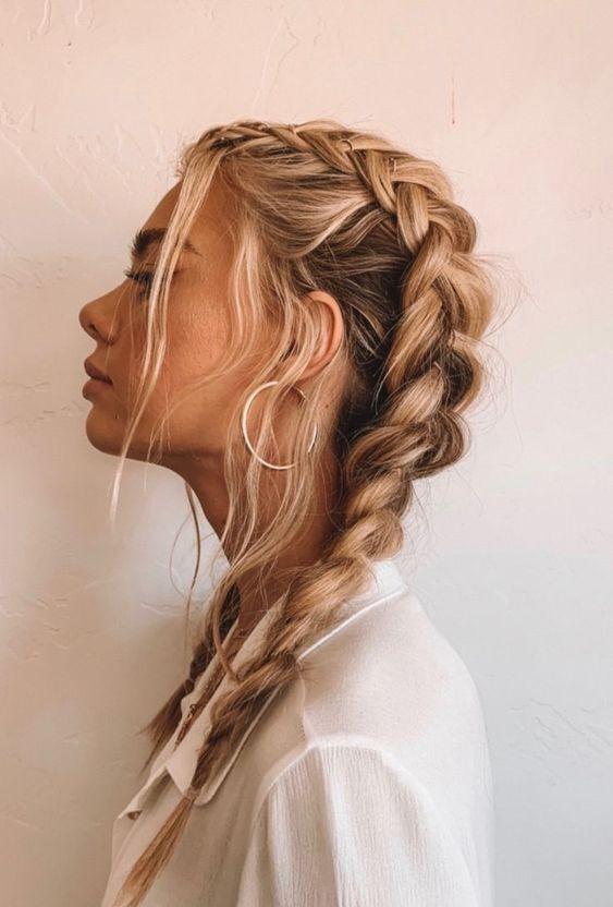 Denemek için 24 Çarpıcı Örgülü Saç Modelleri 15