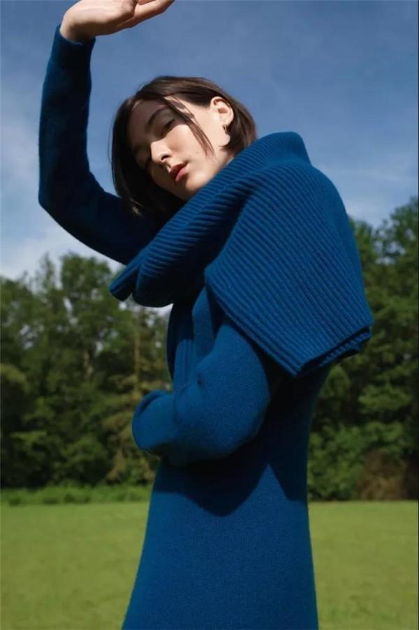 Günlük Giyim için 19 Klasik Mavi temalı kombin Fikirleri 7
