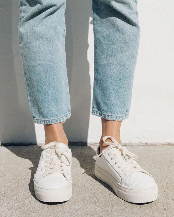 Her Durum için Rahat Beyaz Spor Ayakkabı modelleri 2
