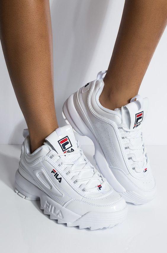 Her Durum için Rahat Beyaz Spor Ayakkabı modelleri 23
