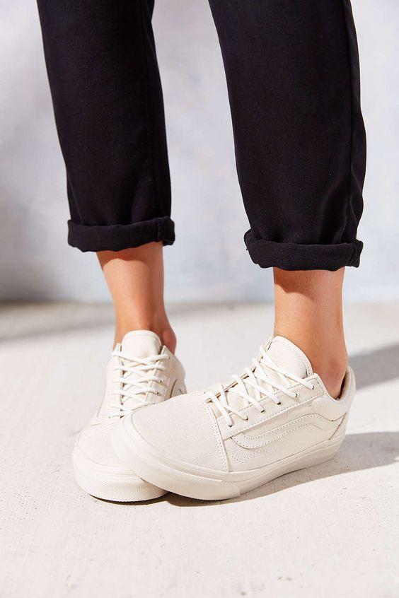 Her Durum için Rahat Beyaz Spor Ayakkabı modelleri 36