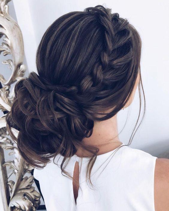 Her durum için 24 Muhteşem Kabarık Saç Modelleri 9