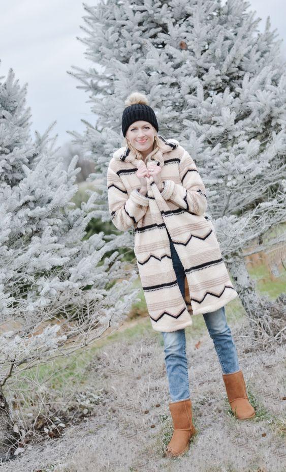 Kış için rahat ve şık UGG botları fikirler 18