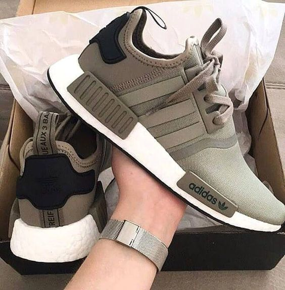 Kadınlar için 20 Trend Adidas Spor Ayakkabı 13