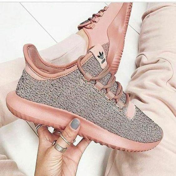 Kadınlar için 20 Trend Adidas Spor Ayakkabı 21
