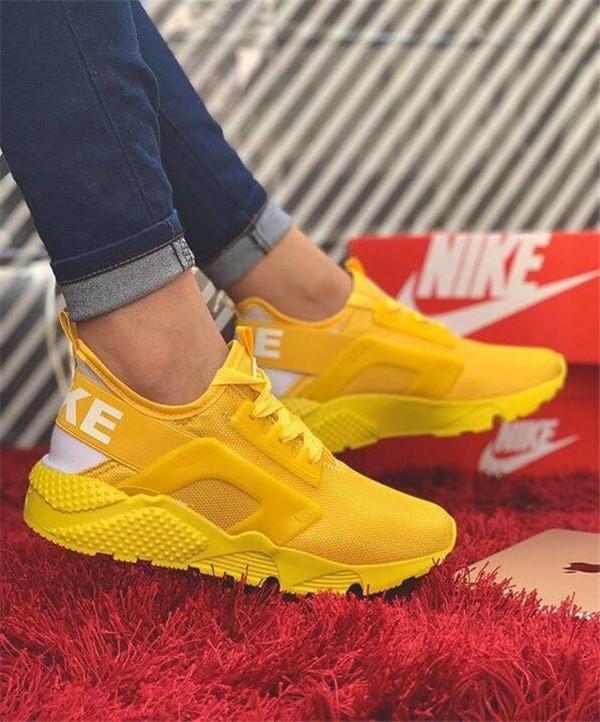 Konforlu ve Şık Nike Ayakkabı 11