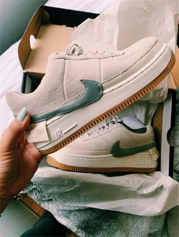 Konforlu ve Şık Nike Ayakkabı 2