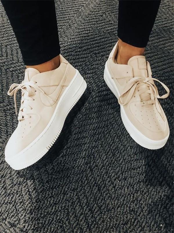 Konforlu ve Şık Nike Ayakkabı 3