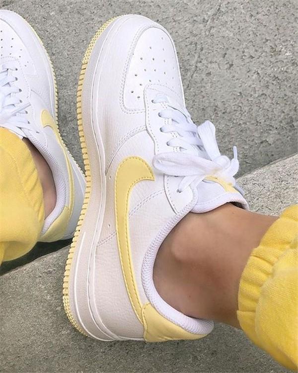 Konforlu ve Şık Nike Ayakkabı 8