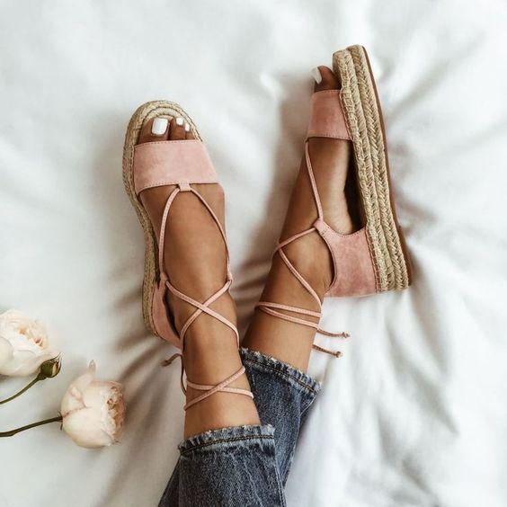 Minimalist Sandalet Seçimi 2