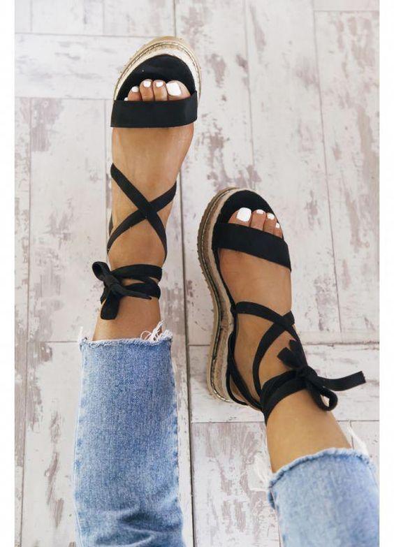 Minimalist Sandalet Seçimi 4