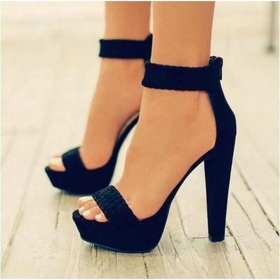 Minimalist Sandalet Seçimi 6