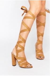 Nötr Renk Sandalet 3