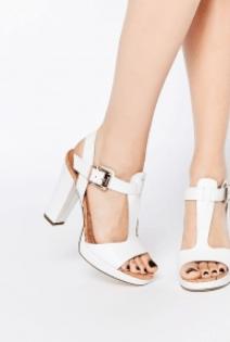 Parmak Arası Sandalet 2