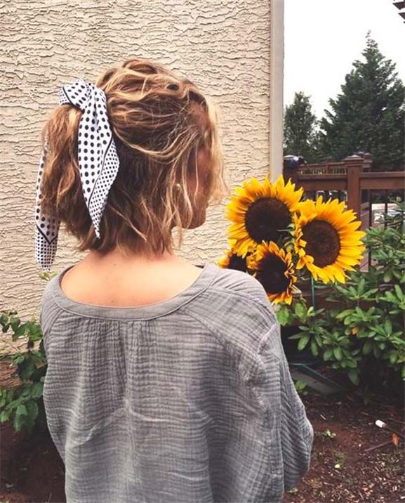Saç Stilinizi aksesuarla Şekillendirmenin Etkileyici Yolları 16