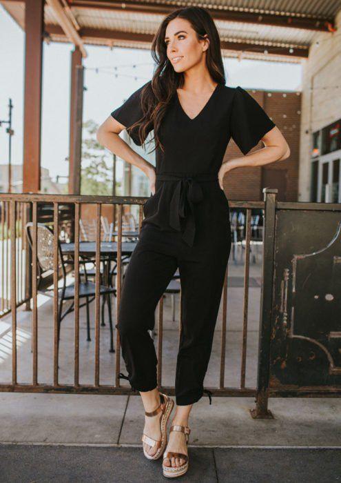Sahip Olmanız Gereken 25 Klas Siyah Kıyafetler 11