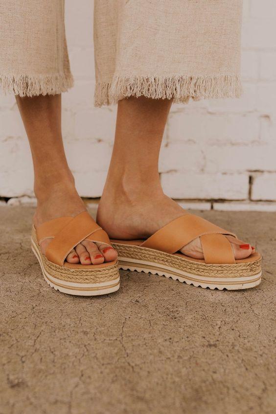 Sahip Olmaya Değer 28 Konforlu ve Şık Yaz Sandaletleri 11