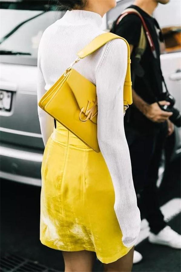 Trend 36 Sarı renk kombin Fikirleri 25