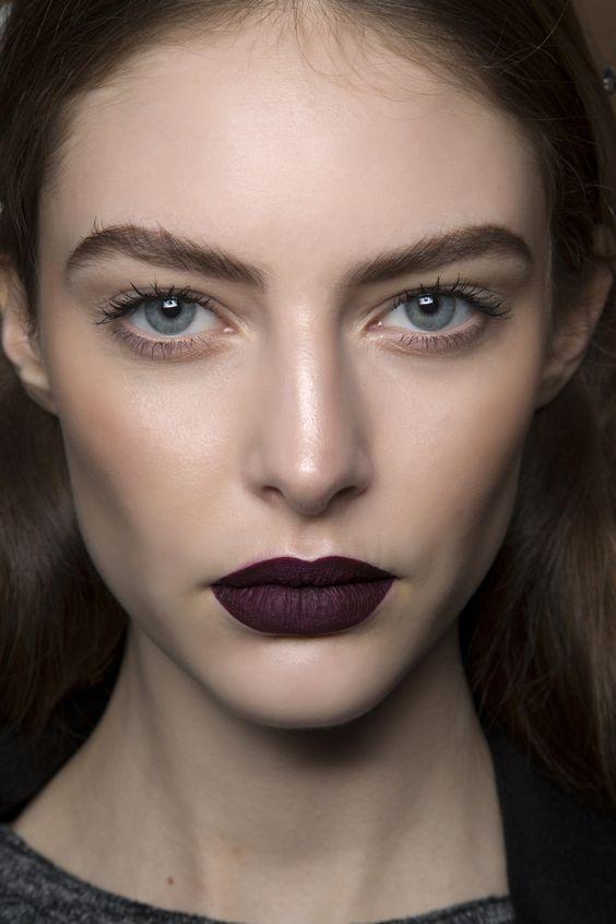 Yüzü İnce Gösteren Makyaj Modelleri 19