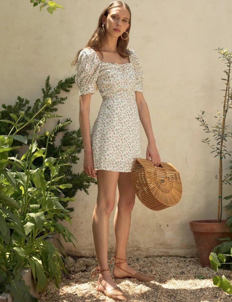 Yaz için Çiçek Baskı Elbiseleri modelleri 13
