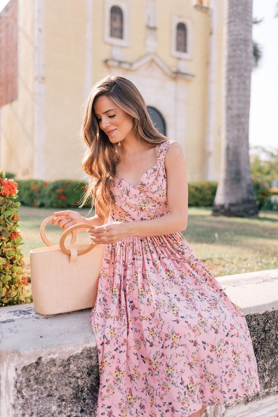 Yaz için Çiçek Baskı Elbiseleri modelleri 15